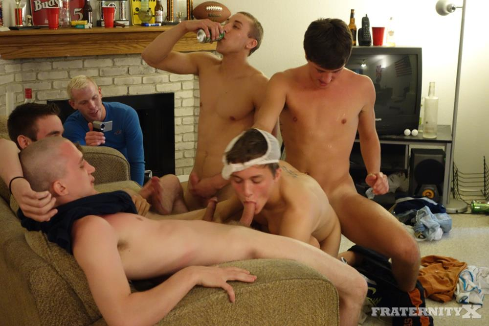 FraternityX Frat Boys With Big Cocks Bareback Gangbang Amateur Gay Porn 13 Straight Texas Fraternity Guys In an Amateur Bareback Gangbang