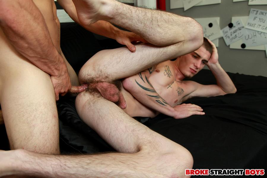 Amateur young gay tube servicing a big 6
