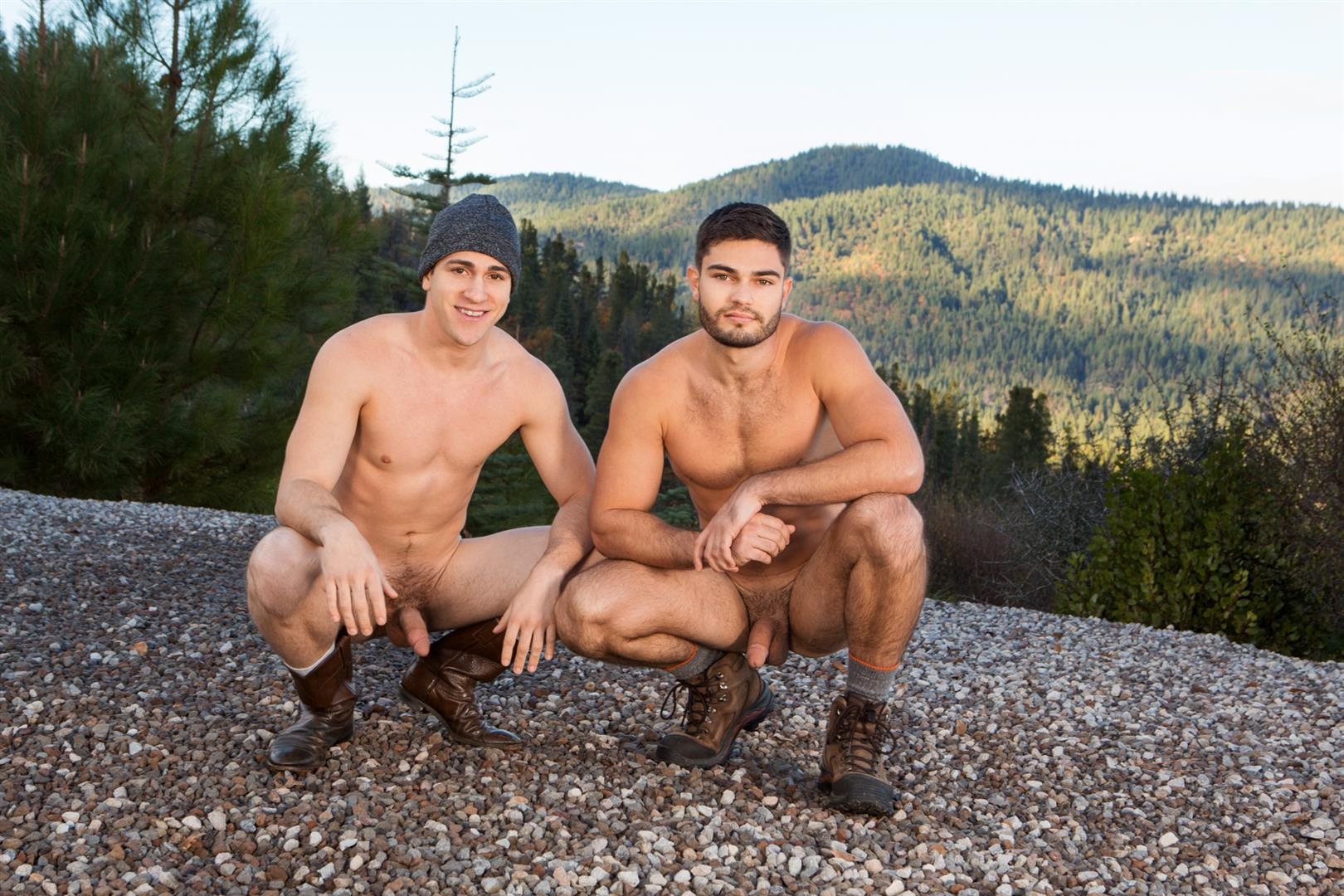 Sean-Cody-Winter-Getaway-Day-3-Big-Dick-Hunks-Fucking-Bareback-Amateur-Gay-Porn-07 Sean Cody Takes The Boys On A 8-Day Bareback Winter Getaway