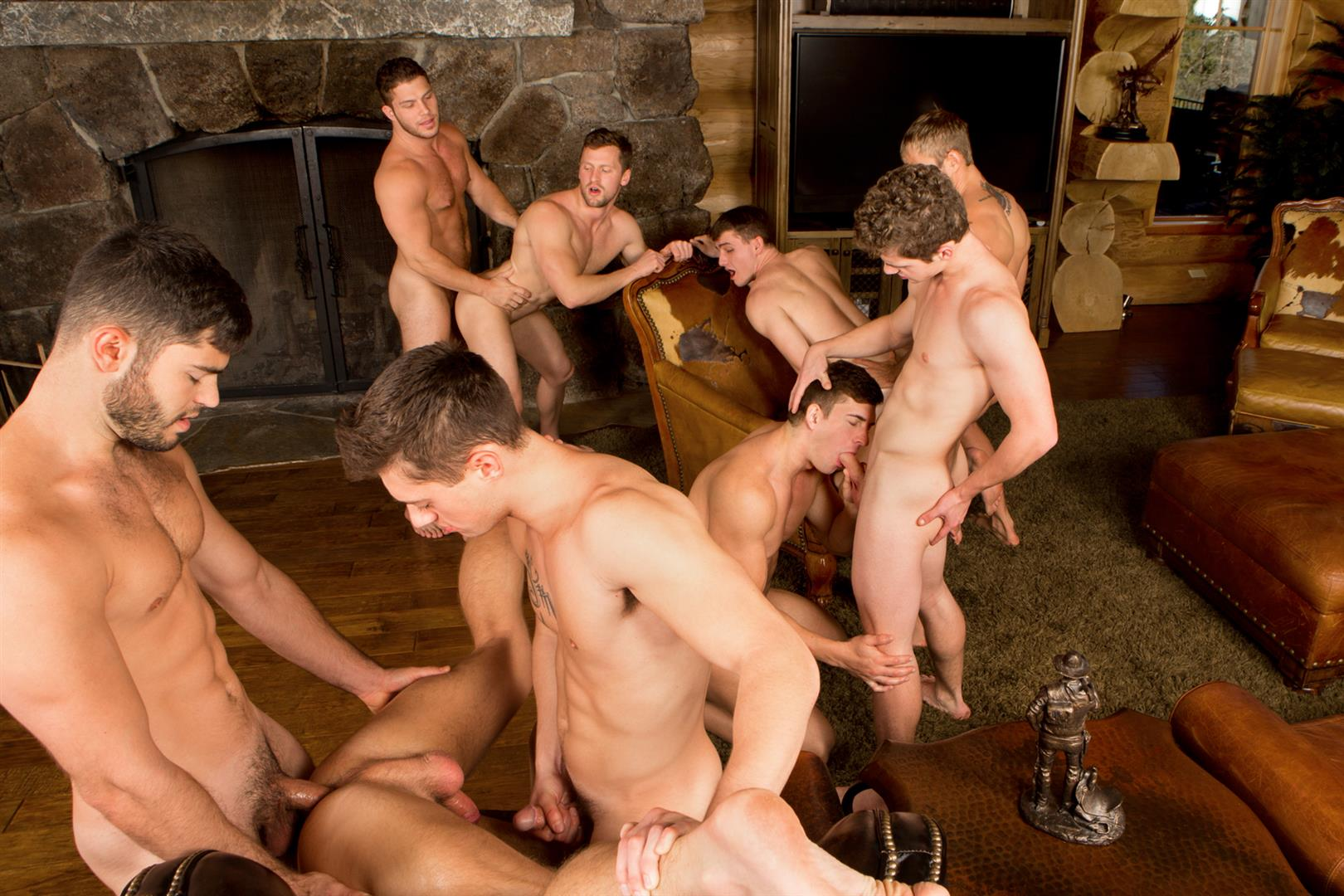 Sean Cody Winter Getaway Day 5 Big Dick Hunks Fucking Bareback Amateur Gay Porn 17 Sean Cody Takes The Boys On A 8 Day Bareback Winter Getaway